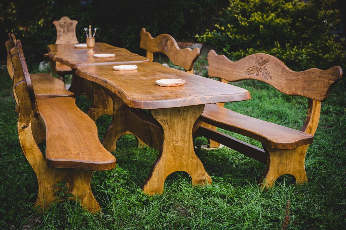JAGD und WEINKELLER Möbel aus Maserholz | Wohnen & Garten Online ...