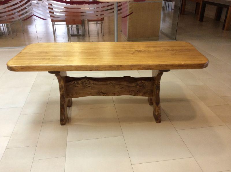 Jagdmöbel Tisch